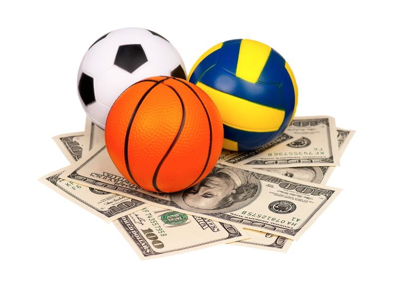 スポーツ お金